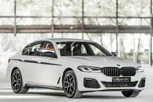 BMW 5-Series 2021 được ra mắt tại Malaysia, có động cơ hybrid