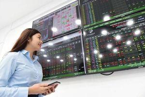 Tiền nhiều, VN-Index tự tin hướng đến mốc 1.350 điểm