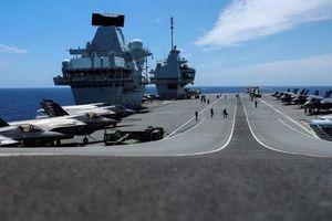 Anh dùng 'ngoại giao chiến hạm' răn đe Trung Quốc