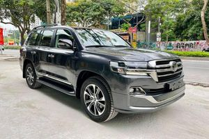 Cận cảnh Toyota Land Cruiser VXS hơn 6,6 tỷ độc nhất Việt Nam