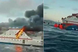 Indonesia: Tàu chở 200 người cháy phừng phừng, hành khách vội vàng nhảy xuống biển