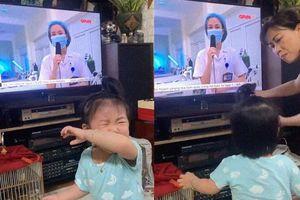 Những khoảnh khắc lay động trái tim từ tâm dịch Bắc Giang