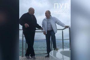 'Mời Lukashenko ra biển Sochi, ông Putin đã dập tắt hy vọng của phương Tây'