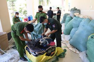 Bắt giữ 57 tấn hàng không rõ nguồn gốc từ Campuchia về Việt Nam