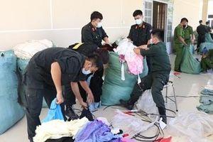 Vận chuyển 57 tấn hàng lậu từ Campuchia