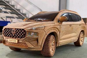 Theo dõi thợ mộc Việt sản xuất Hyundai SantaFe 2021 bằng gỗ