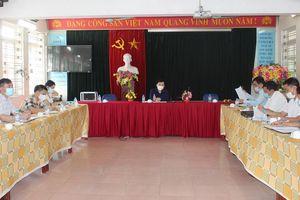 Hòa Bình: Lãnh đạo tỉnh kiểm tra phòng dịch kỳ thi vào lớp 10 trường chuyên