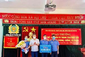 VKSND TP Thanh Hóa được khen thưởng vì có thành tích xuất sắc trong đấu tranh trấn áp tội phạm