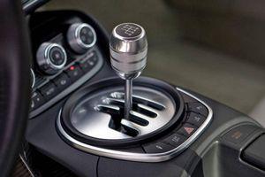 Công nghệ an toàn trên ô tô đẩy nhanh quá trình khai tử hộp số sàn
