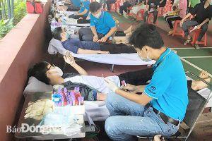 Tiếp nhận gần 1,3 ngàn đơn vị máu hiến tình nguyện trong tháng 5