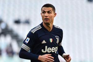 Nếu rời Juventus, Ronaldo 'ưu tiên' trở lại MU?