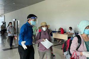 Thanh niên Hải Phòng hỗ trợ lực lượng y tế xét nghiệm người về từ TP Hồ Chí Minh