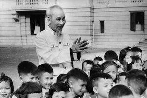 Chủ tịch Hồ Chí Minh: Người Bác kính yêu vô cùng của thiếu nhi