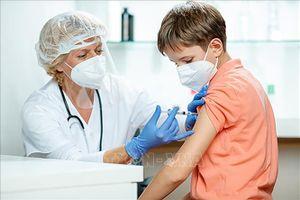 EU cho phép sử dụng vaccine của Pfizer cho trẻ từ 12 tuổi trở lên