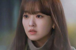 'Doom at Your Service': Seo In Guk biến mất để lại Park Bo Young đau khổ tìm kiếm trong tuyệt vọng