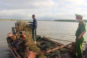 Quảng Yên: Bảo vệ, phát triển bền vững nguồn lợi thủy sản