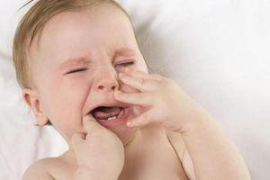 Nhiệt miệng, lở miệng vào mùa hè: Nguyên nhân và cách phòng tránh