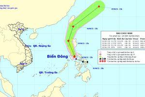 Bão Choi-wan gây mưa dông, gió giật mạnh trên Biển Đông