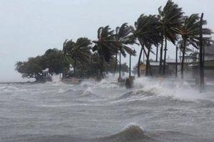 Xuất hiện cơn bão giật cấp 10 gần Biển Đông