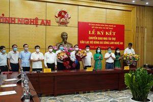 Sông Lam Nghệ An có nhà tài trợ mới, không đổi tên đội bóng