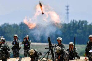 Quân đội Trung Quốc chật vật tuyển tân binh vì tỷ lệ sinh đẻ giảm mạnh