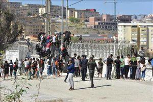 Maroc thúc đẩy giải quyết vụ người vượt biên sang vùng Ceuta của Tây Ban Nha