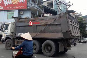 Quảng Ninh: 'Binh đoàn Howo' náo loạn đường phố Cẩm Phả và Vân Đồn