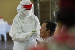 Malaysia ghi nhận 8.209 ca mắc COVID-19 trong 24 giờ qua