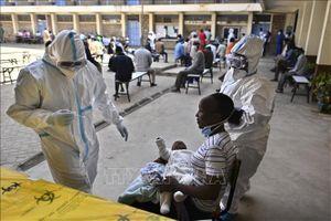 Châu Phi chưa sẵn sàng đối phó với làn sóng dịch thứ ba sắp xảy ra