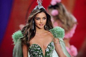 Vì sao các thiên thần nội y chia tay Victoria's Secret?