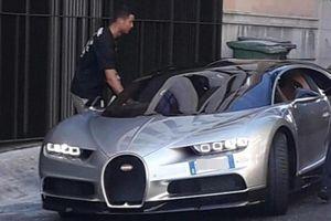 Ronaldo cầm lái Bugatti Chiron tại Bồ Đào Nha