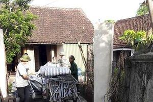 Hai mẹ con tử vong ở vườn: Dây điện bên cạnh