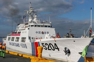 Tàu Trung Quốc áp sát đảo tranh chấp với Nhật lâu kỷ lục