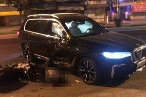 Ô tô BMW X7 lùi tông tử vong nam thanh niên đi xe máy