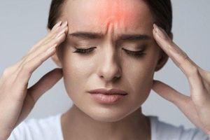 Phân biệt cơn đau đầu thường và đau đầu cảnh báo đột quỵ