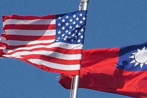 3 Thượng nghị sĩ Mỹ thăm Đài Loan khi căng thẳng với Trung Quốc leo thang