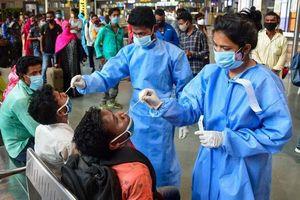 Ấn Độ nới lỏng phong tỏa khi số ca mắc Covid-19 giảm
