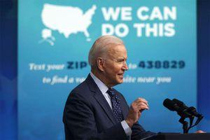 Chặng đua ngược dốc tới mục tiêu tiêm ngừa Covid-19 của ông Biden