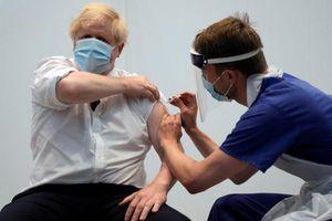 Thủ tướng Anh kêu gọi G7 tiêm vaccine COVID-19 cho cả thế giới cuối năm 2022