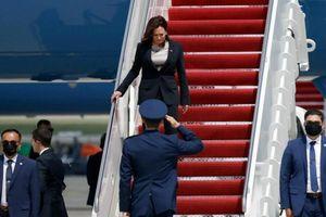 Chuyên cơ chở Phó Tổng thống Mỹ phải quay đầu vì sự cố kỹ thuật