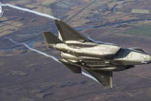 Dân mạng chế giễu Italy khi điều F-35 đánh chặn máy bay vận tải An-12 Nga