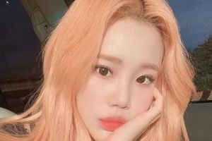 Từng bị chê là 'Nữ idol xấu nhất kpop' JooE (Momoland) gây bùng nổ visual với màu tóc mới