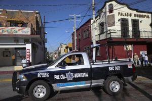 Cảnh sát đặc nhiệm bị băng đảng khét tiếng truy lùng, Mexico phải ra sắc lệnh đặc biệt
