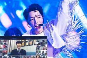 Xuất hiện trên truyền hình Hàn Quốc, Đức Phúc trổ tài 'bắn' tiếng Anh và hát live cực ngọt
