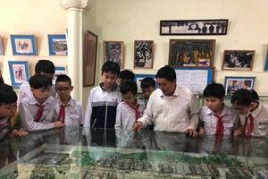 Quan tâm giáo dục truyền thống, bồi dưỡng đạo đức cho học sinh