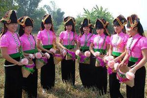 Hiệu quả phát triển 1500 CLB văn nghệ quần chúng ở Điện Biên