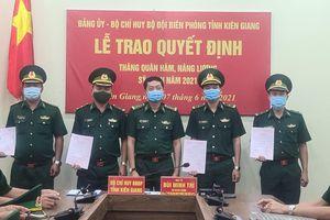 Kiên Giang: Trao Quyết định thăng quân hàm năm 2021