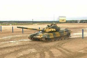 Xe tăng Việt Nam đội nắng huấn luyện cho Tank Biathlon 2021
