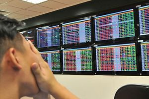 VN-Index giảm gần 40 điểm trong ngày 8/6