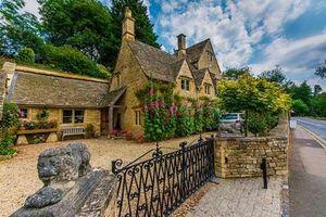 Chiêm ngưỡng ngôi làng cổ xinh đẹp nhất nước Anh